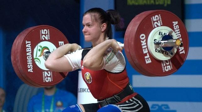 Белоруска Дарья Наумова завоевала золото Чемпионате Европы по тяжелой атлетике в Батуми