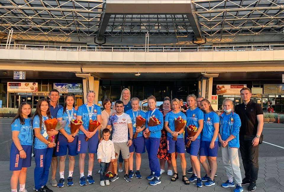 Девушки вернулись с чемпионата мира по борьбе вольной (г. Будапешт, Венгрия)