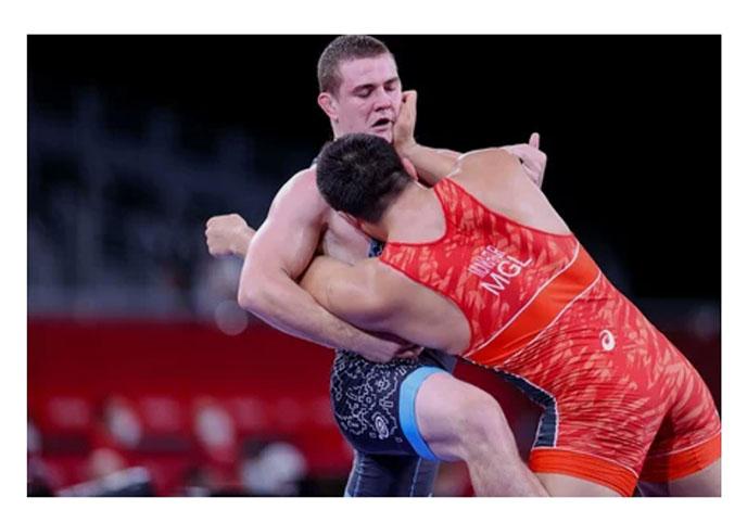 Денис Хроменков закончил выступление на Олимпийских играх — 2020
