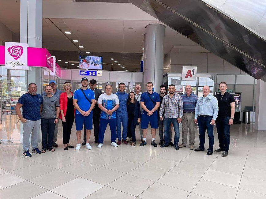 Денис Хроменков и Александр Гуштын вернулись в Беларусь с Олимпийских игр — 2020