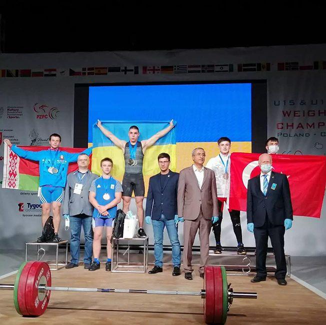 На чемпионате Европы по тяжёлой атлетике (юноши, девушки) в г. Цеханув (Республика Польша) Гринько Егор завоевал серебро