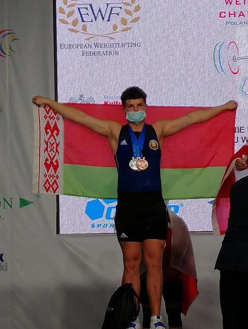 Проваторов Игорь завоевал серебряную медаль на чемпионате Европы по тяжёлой атлетике среди юношей и девушек в г. Цеханув (Республика Польша)