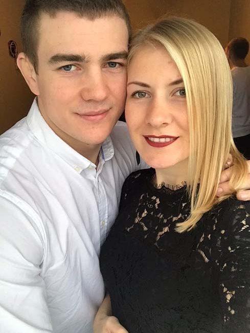 Поздравляем Дениса Хроменкова и его супругу с рождением доченьки!