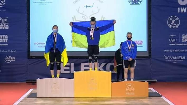 Поздравляем Крачеву Кристину с завоеванием бронзовой медали на чемпионате Европы по тяжелой атлетике в г. Рованиеми (Финляндская Республика)