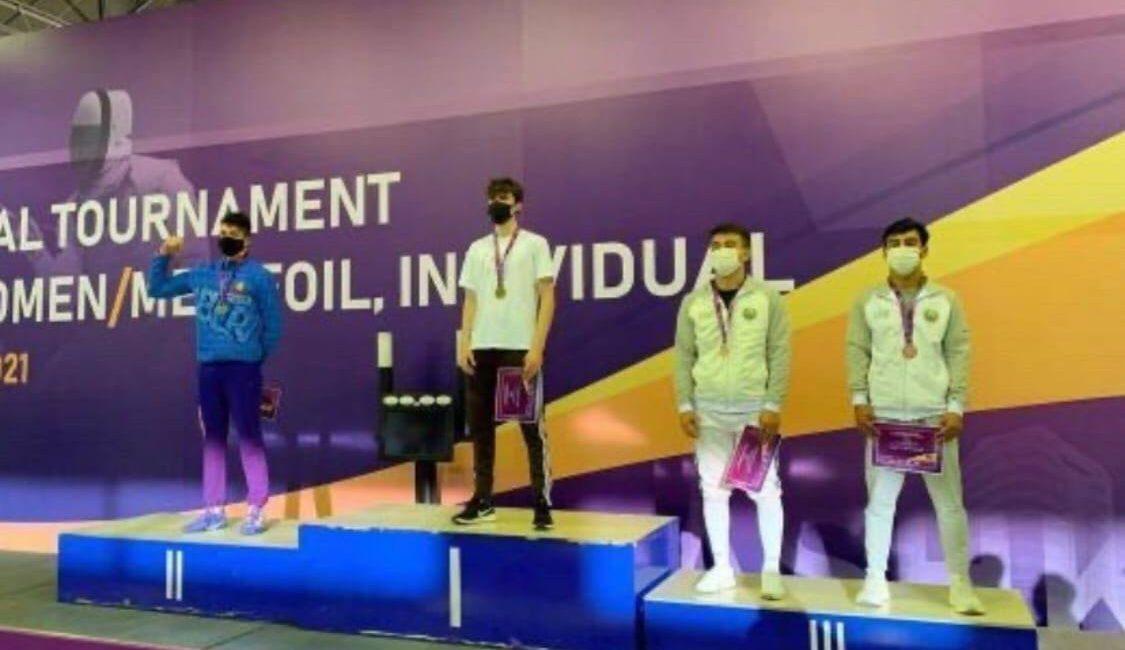 Поздравляем Курилович Владислава с завоеванием серебряной медали на этапе Кубка мира (сателлит) по фехтованию