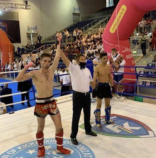 Казаку Максим в ФИНАЛЕ  чемпионата мира по кикбоксингу  (г. Лидо ди Езоло, Италия)