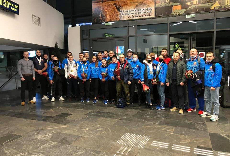 Встречаем команду с чемпионата Европы по тяжелой атлетике!